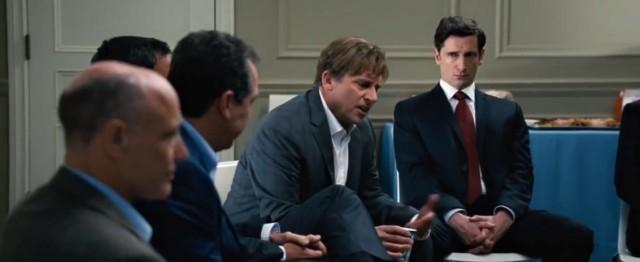 Film Sázka na nejistotu natočil režisér Adam McKay.